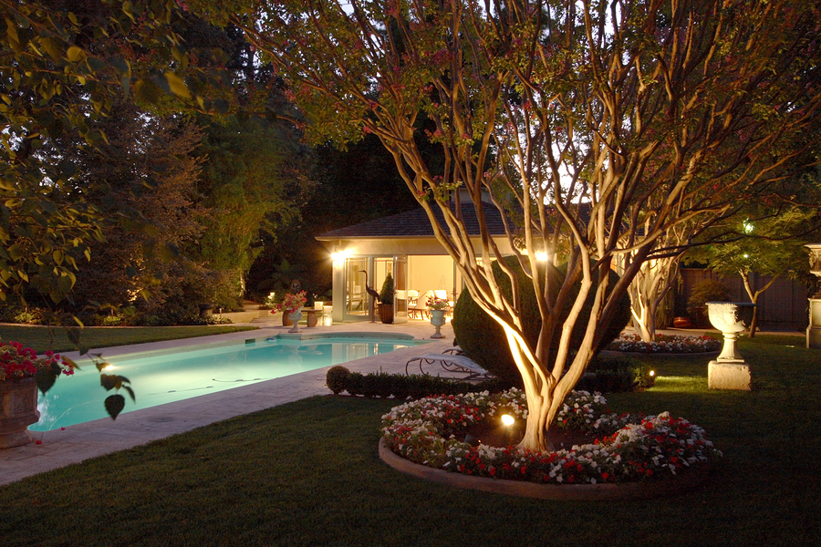 Landscape lighting charlotte mooresville harrisburg nc arnette irrigation landscaping - Night yard landscaping with outdoor lights ...